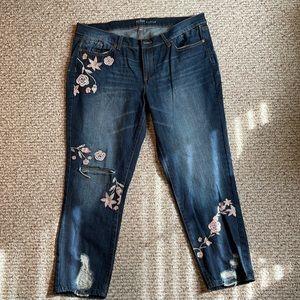New York & Company Soho Boyfriend Cropped Jeans